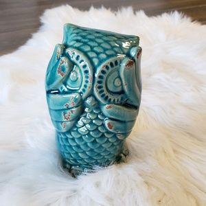 B2G1 Turquoise Ceramic Bashful Owl Figurine